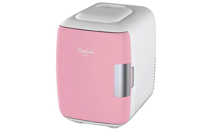 Best Makeup Refrigerators: Keep Your Cosmetics Safe 4