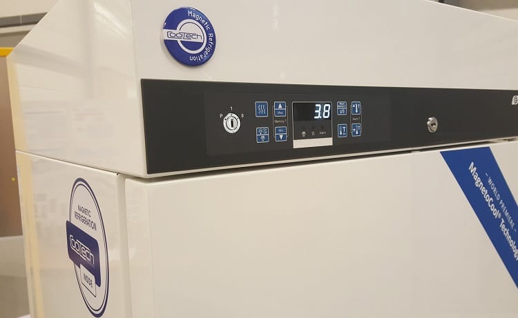 fridge with magnetocaloric effect