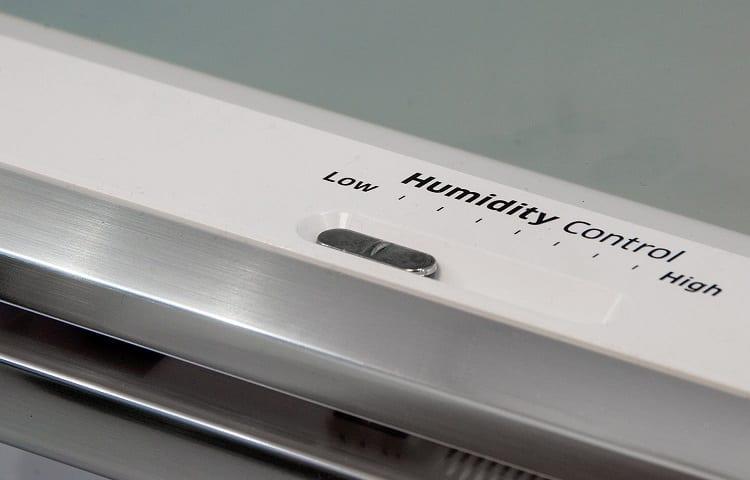 humidity control in fridge