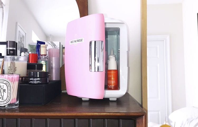 pinky make up fridge