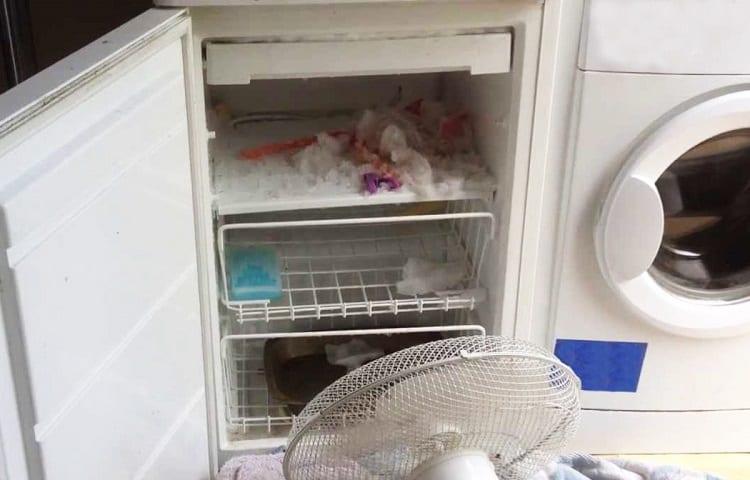 defrosting mini fridge with ventilator