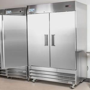 Avantco A-49R-HC Solid Door Reach-In Refrigerator